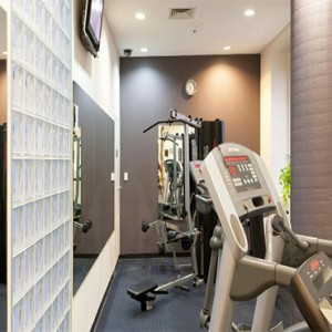 holiday-inn-darling-harbour-australia-honeymoon-packages-hotel-gym