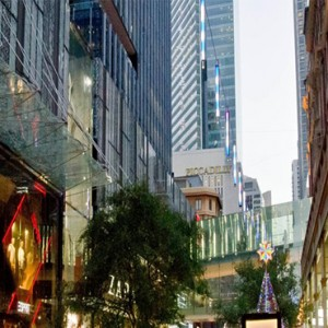 holiday-inn-darling-harbour-australia-honeymoon-packages-pitts-street-mall-shopping