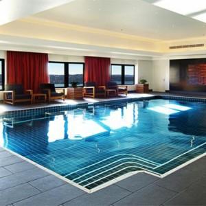 intercontinental-sydney-australia-honeymoon-packages-swimming-pool