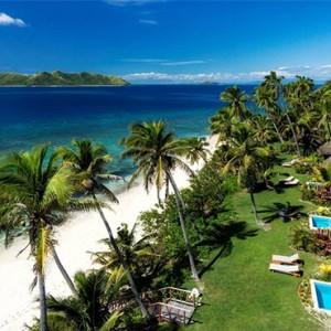 matamanoa-island-resort-fiji-honeymoon-packages-beachfront-villas-beach-views