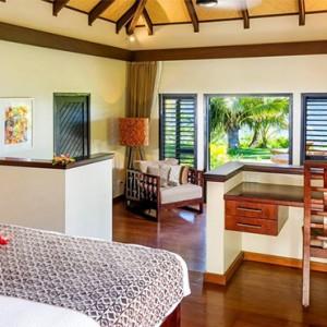 matamanoa-island-resort-fiji-honeymoon-packages-beachfront-villas-bedroom