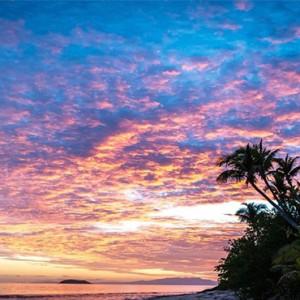 matamanoa-island-resort-fiji-honeymoon-packages-twilight