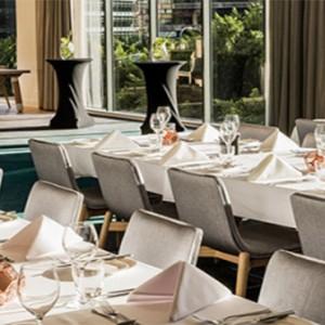 parkroyal-darling-harbour-australia-honeymoon-packages-barkers-restaurant