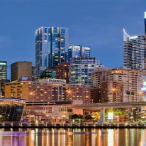 parkroyal-darling-harbour-australia-honeymoon-packages-hotel-exterior