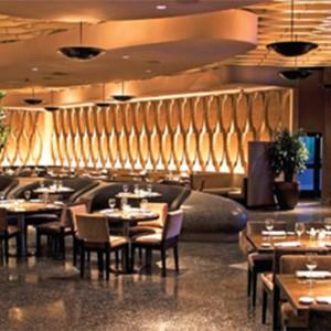 planet-hollywood-las-vegas-honeymoon-packages-restaurant