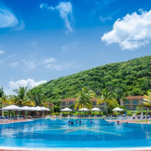 pool-memories-jibacoa-cuba-honeymoon-packages