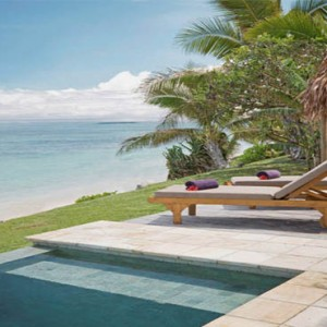 tokoriki-island-resort-fiji-honeymoon-packages-beachfront-pool