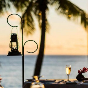tokoriki-island-resort-fiji-honeymoon-packages-dining-with-a-view