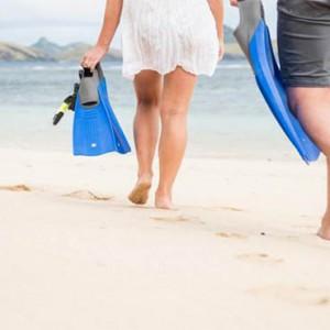 tokoriki-island-resort-fiji-honeymoon-packages-snorkelling
