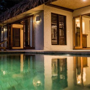 tokoriki-island-resort-fiji-honeymoon-packages-sunset-pool-villa-exterior