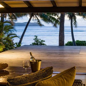 tokoriki-island-resort-fiji-honeymoon-packages-villa