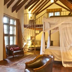 room2-giraffe-manor-luxury-kenyan-honeymoon-packages