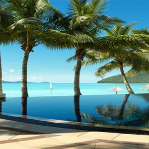 Beach Club Hamilton Islands - Australia Honeymoon Packages - Beach club pool