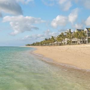 Beach - St Regis Mauritius - Luxury Mauritius Honeymoon Packages