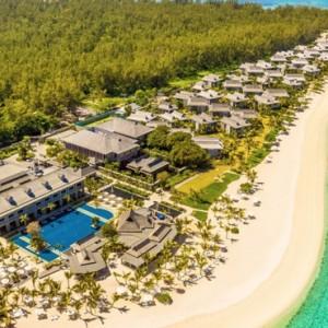 Beach arieal - St Regis Mauritius - Luxury Mauritius Honeymoon Packages