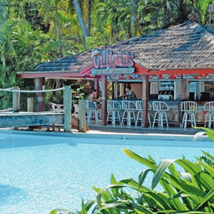 Daydream Island Resort & Spa - Australia Honeymoon Packages - Gillians bar