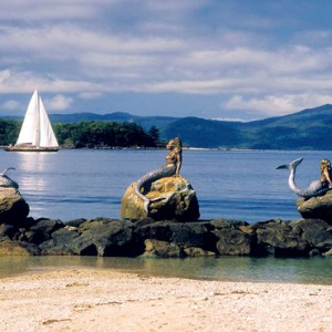 Daydream Island Resort & Spa - Australia Honeymoon Packages - Mermaids on the rocks