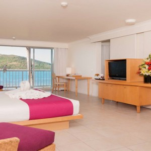 Daydream Island Resort & Spa - Australia Honeymoon Packages - ocean paradise room