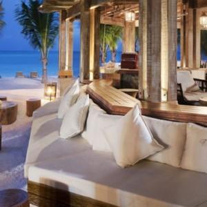 Dining - St Regis Mauritius - Luxury Mauritius Honeymoon Packages