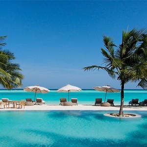 Gili Lankanfushi - Maldives Honeymoon Packages - Pool