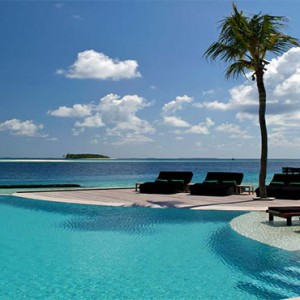 Komandoo Island Resort - Maldives honeymoon packages - Pool1