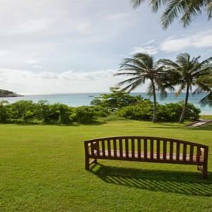 lizard-island-resort-australia-honeymoon-packages-garden