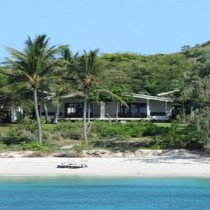 lizard-island-resort-australia-honeymoon-packages-beach