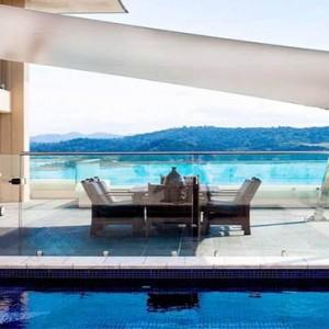 reef-view-hotel-australia-honeymoon-packages-presidential-suite-balcony-pool