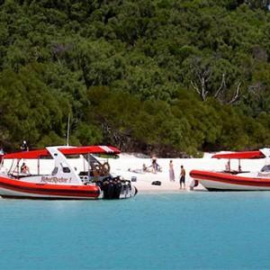 reef-view-hotel-australia-honeymoon-packages-reef-ryder-dash