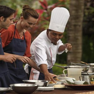 The Ubud Village Resort & Spa - Bali Honeymoon Packages - Cooking lesson