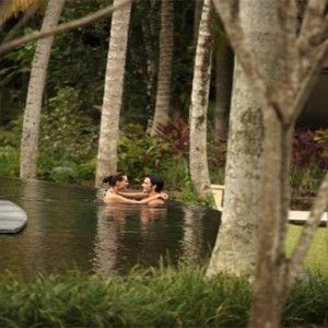 The Ubud Village Resort & Spa - Bali Honeymoon Packages - Couple in the pool