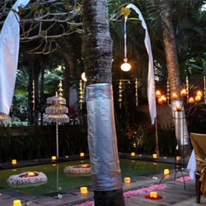 The Ubud Village Resort & Spa - Bali Honeymoon Packages - Romantic dining