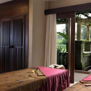 The Ubud Village Resort & Spa - Bali Honeymoon Packages - Spa treatment room