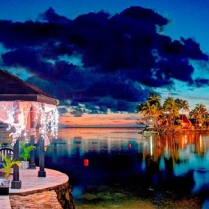 the-warwick-fiji-fiji-honeymoon-packages-lagoon-romantic-bure