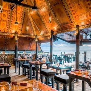 the-warwick-fiji-fiji-honeymoon-packages-wicked-walu-restaurant