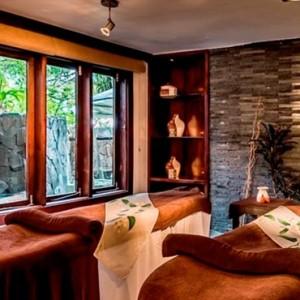 the-warwick-fiji-fiji-honeymoon-packages-warwick-spa-massage-tables