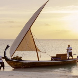 Veligandu Island Resort & Spa - Maldives Honeymoon Packages - Sunset cruise
