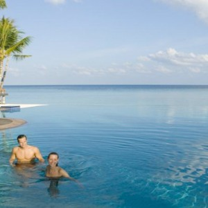 Veligandu Island Resort & Spa - Maldives Honeymoon Packages - infinity pool1