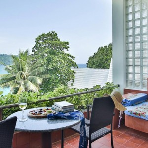 Beach wing Suite - mom tris villa roayle phuket - luxury phuket honeymoons