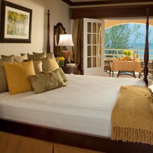 Carlyle Oceanview Grande Luxe 2 - Sandals Inn montego Bay - Luxury Caribbean Honeymoons