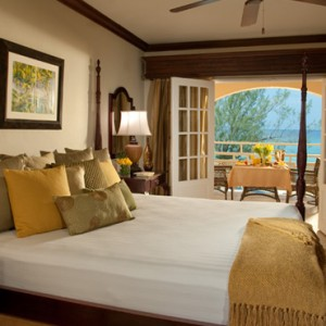 Carlyle Oceanview Penthouse Petite Suite 3 - Sandals Inn montego Bay - Luxury Caribbean Honeymoons