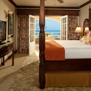Carlyle Oceanview Penthouse Petite Suite - Sandals Inn montego Bay - Luxury Caribbean Honeymoons