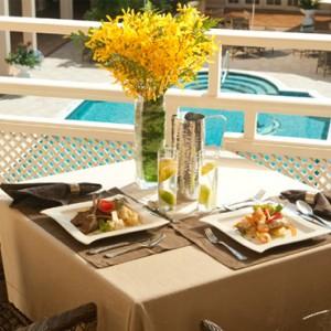 Carlyle Premium 2 - Sandals Inn montego Bay - Luxury Caribbean Honeymoons