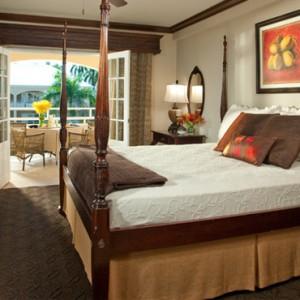 Carlyle Premium - Sandals Inn montego Bay - Luxury Caribbean Honeymoons