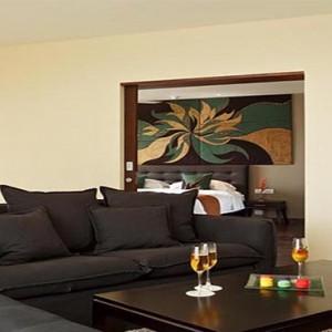 Centara Ceysands Resorts & Spa - Sri Lanka Honeymoon packages - Deluxe One Bedroom Suite lounge
