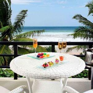 Centara Ceysands Resorts & Spa - Sri Lanka Honeymoon packages - Royal suite terrace