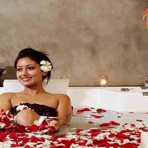 Centara Ceysands Resorts & Spa - Sri Lanka Honeymoon packages - spa