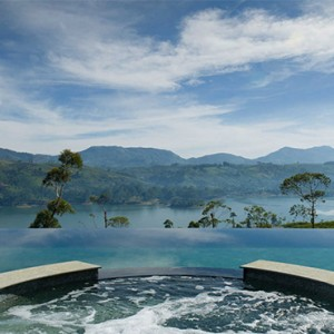 Ceylon Tea Trails - Sri Lanka Honeymoon Packages - Dunkeld Bungalow Pool