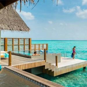 Four Seasons Resorts at Landaa Giraavaru - Maldives Luxury Honeymoon Packages - Sunset Water Villa with Pool