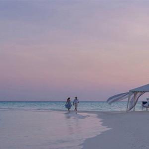 Four Seasons Resorts at Landaa Giraavaru - Maldives Luxury Honeymoon Packages - beach dining